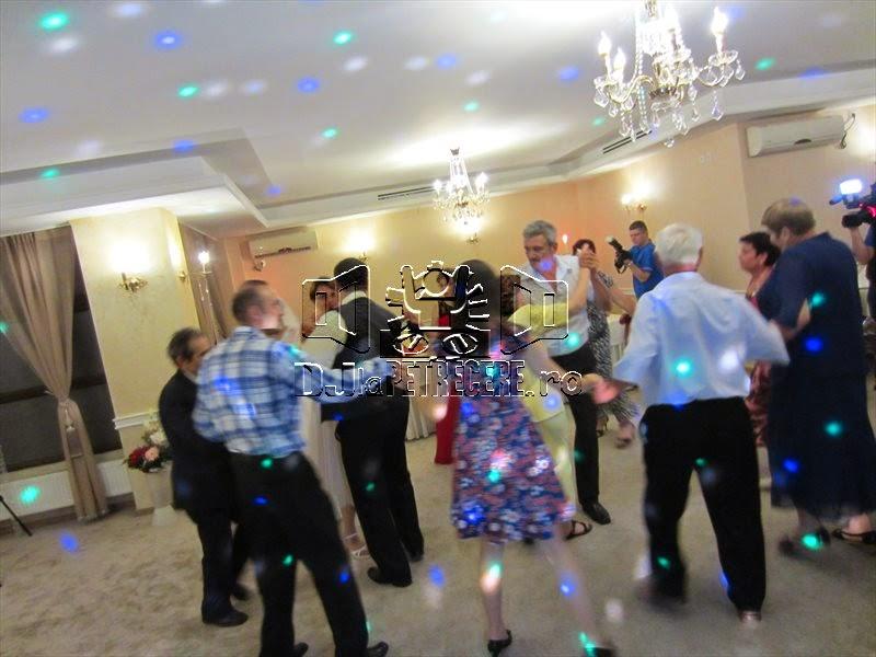 Nunta cu DJlaPetrecere.ro la Casa Banil Rahova - 3