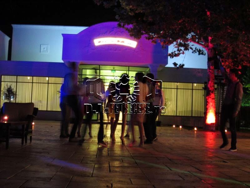 Cununie la piscina Salon du Mariage alaturi de DJlaPetrecere.ro - 7