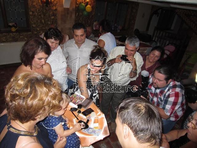 Petrecere de mot la Restaurant Cocosu Rosu in salonul Brasov