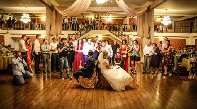 Mega nunta la Regal Ballroom